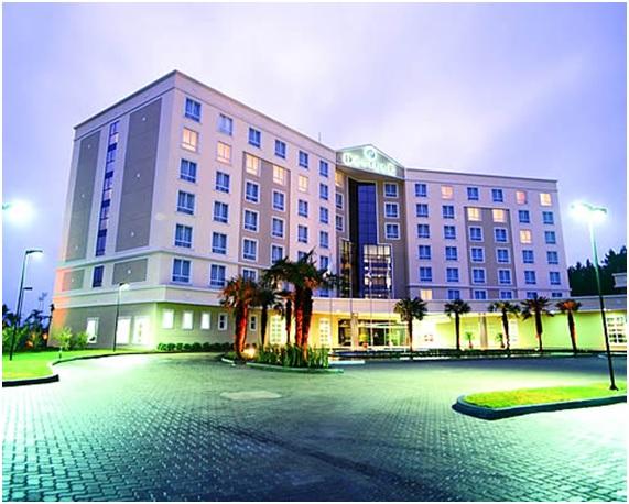 Hotel Deville Porto Alegre, localizado perto do Aeroporto Internacional Salgado Filho. (foto: reprodução)